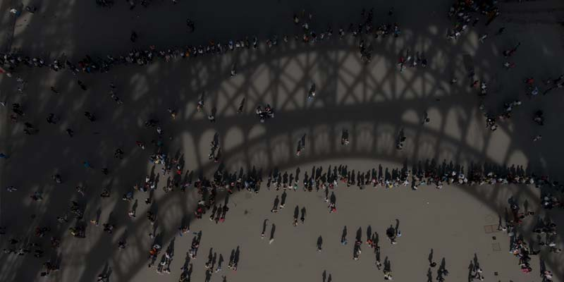 AnyLogic Tackles Eiffel Tower Crowds