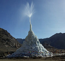 Artificial Glaciers and AnyLogic Fight Against Climate Change